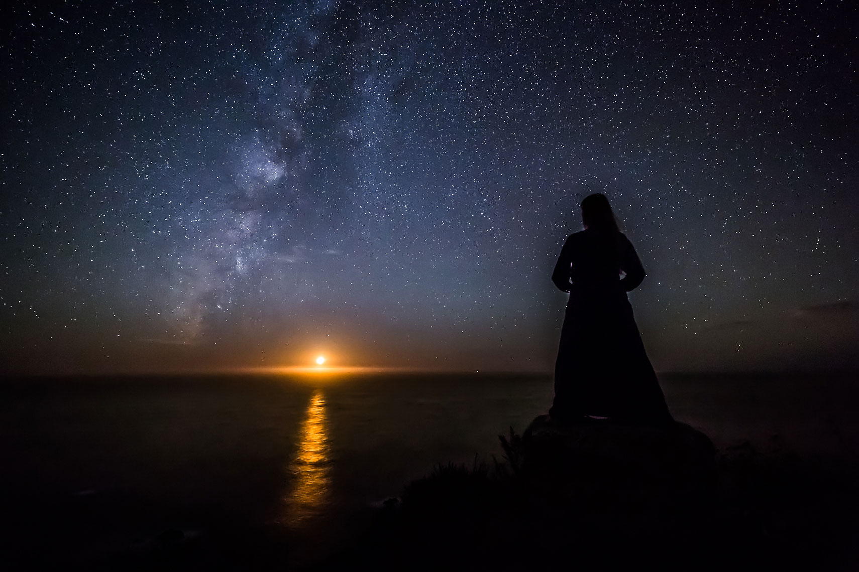 Big Sur Moonset Goddess