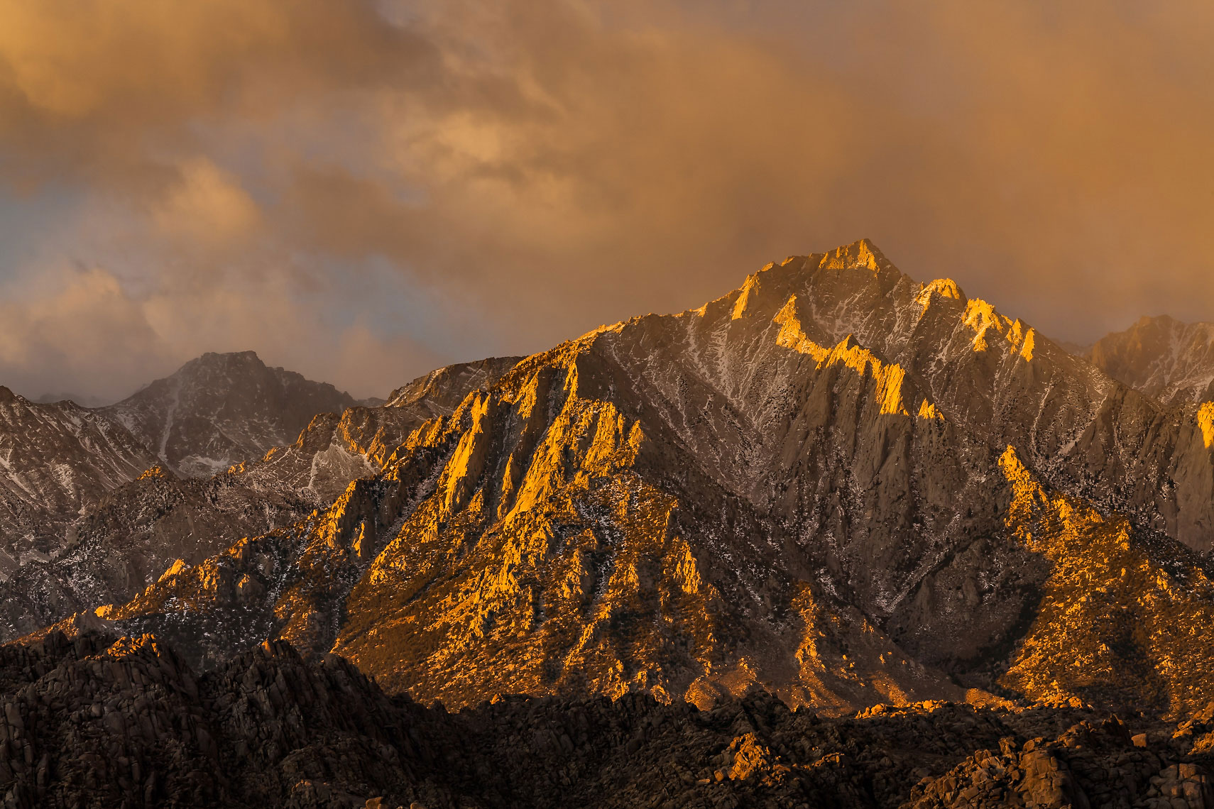 Lone Pine Peak Sunrise Light