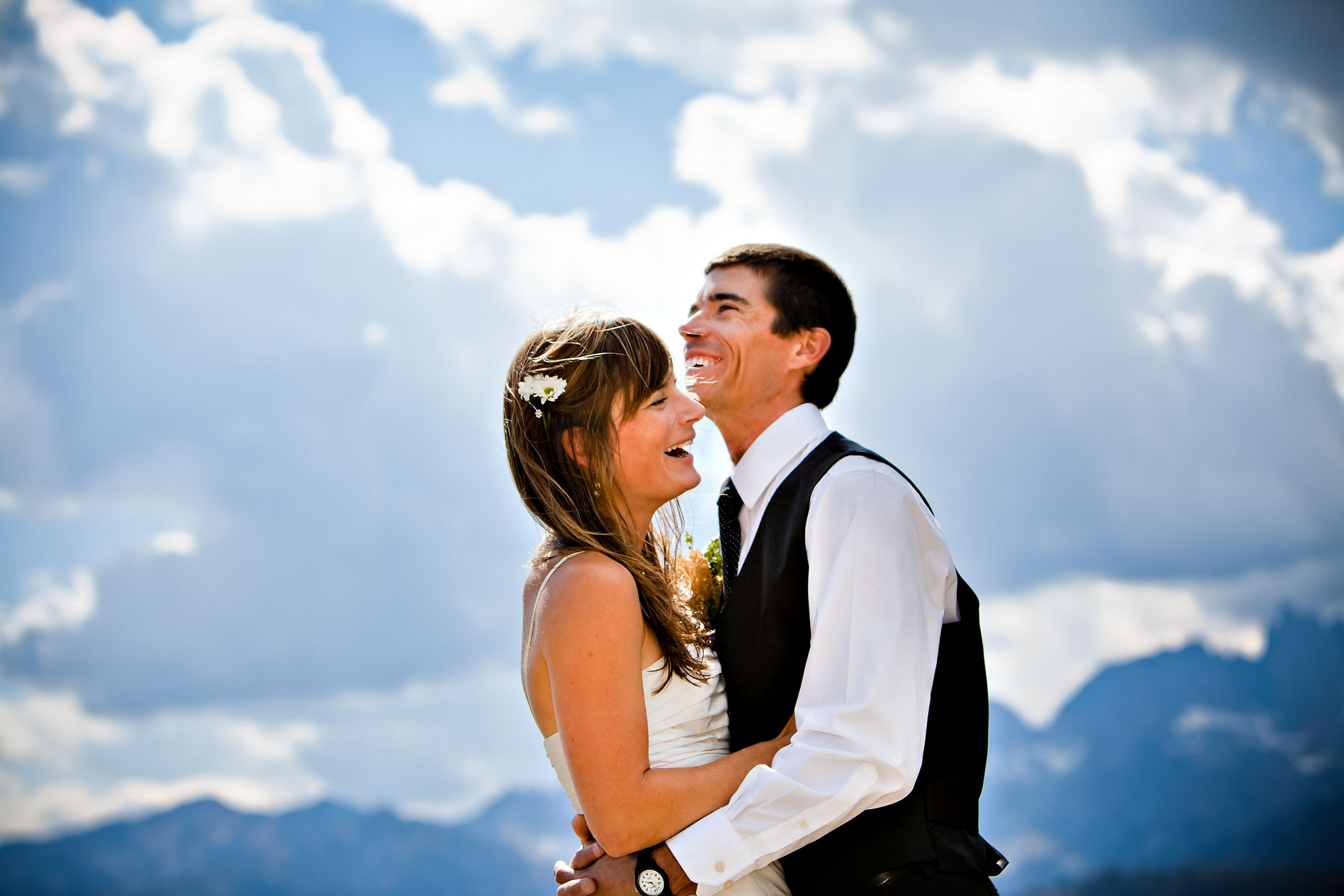 Mammoth Lakes adventure wedding elopement photographer.