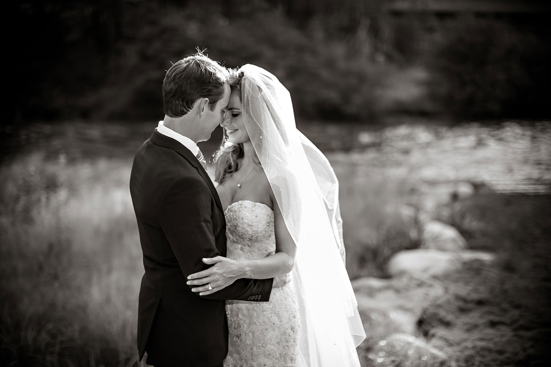 Mammoth Lakes & Eastern Sierra wedding photographer.