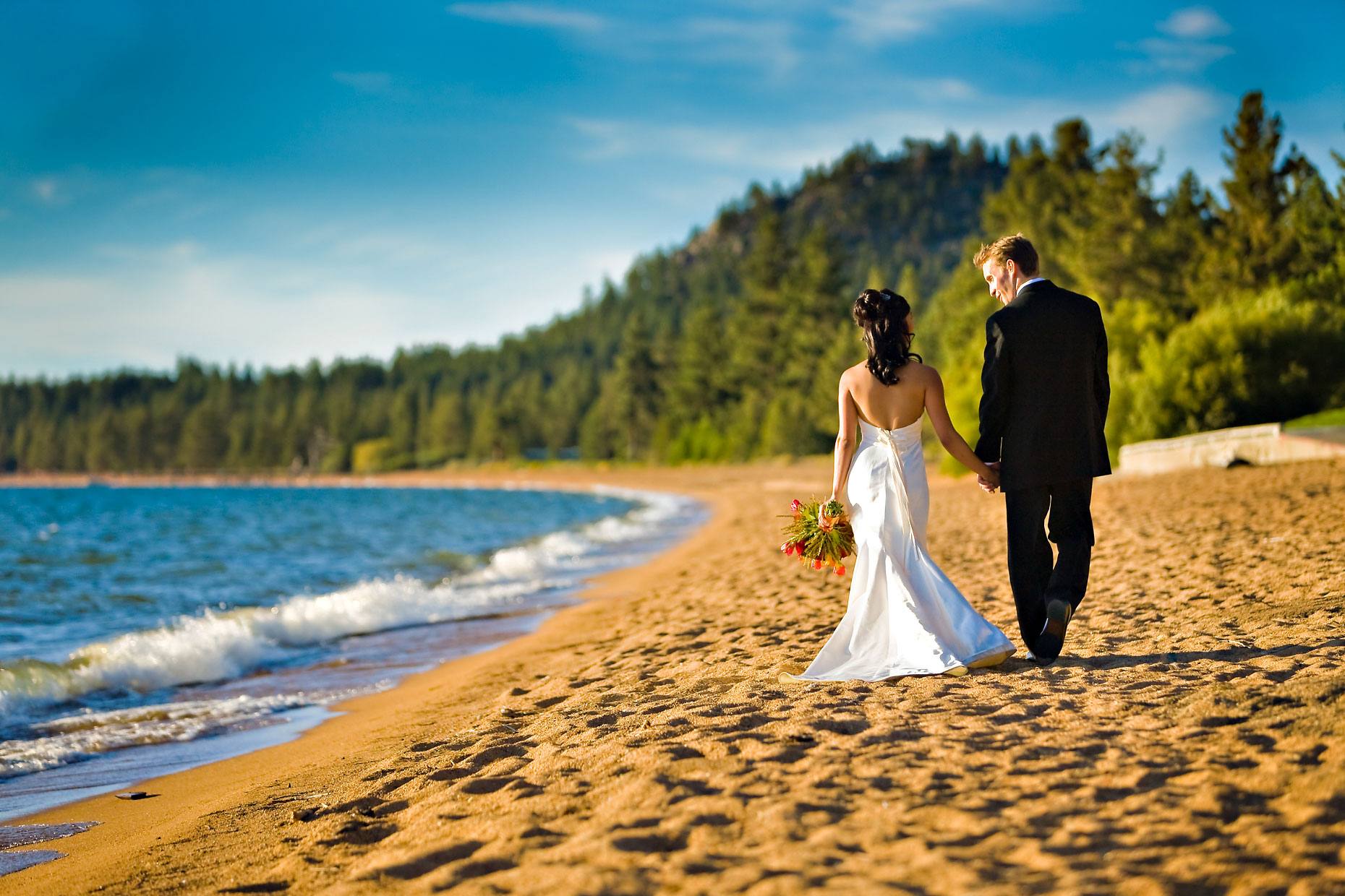 Lake Tahoe beach wedding photographer.
