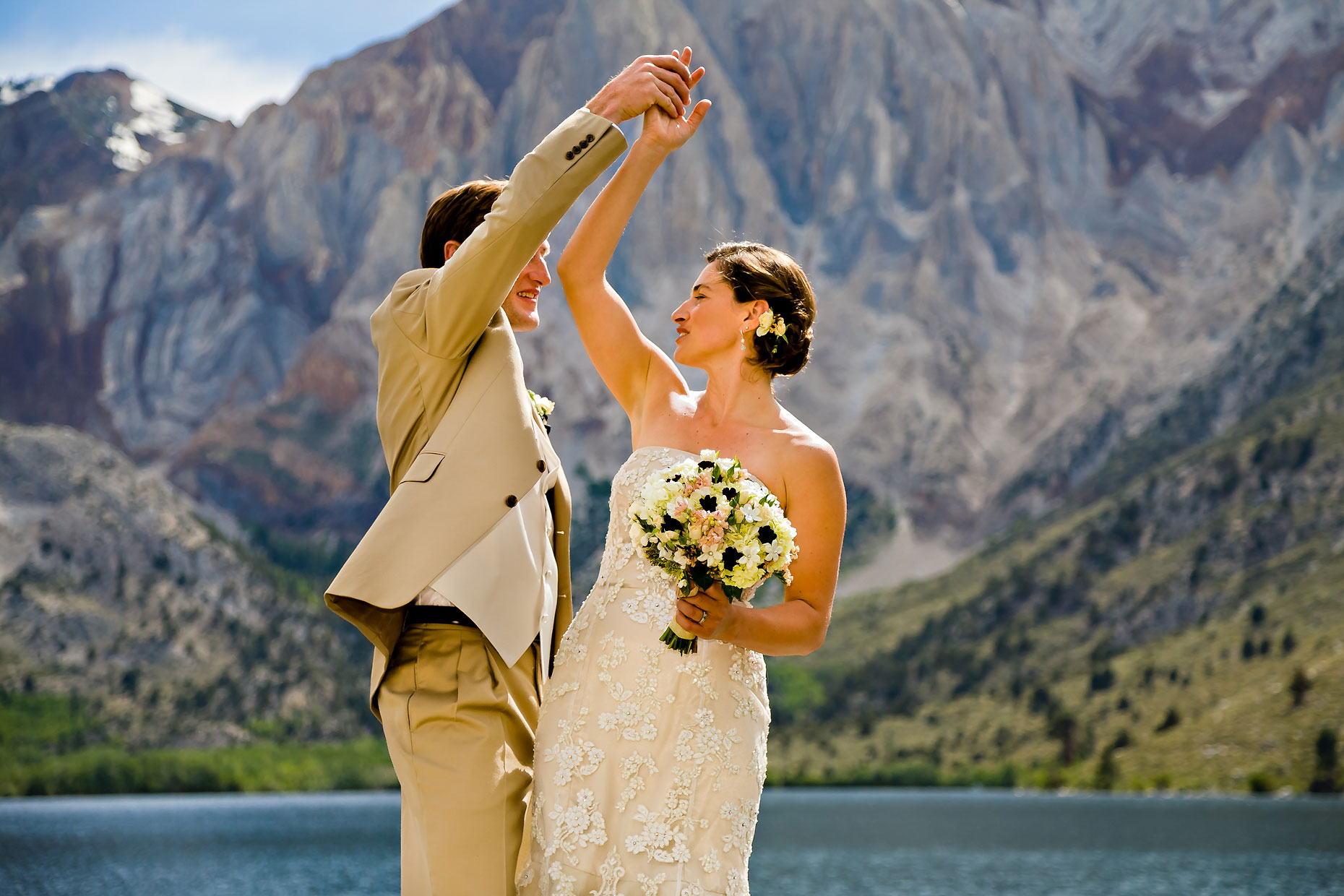 Mammoth Lakes wedding photographer at Convict Lake.