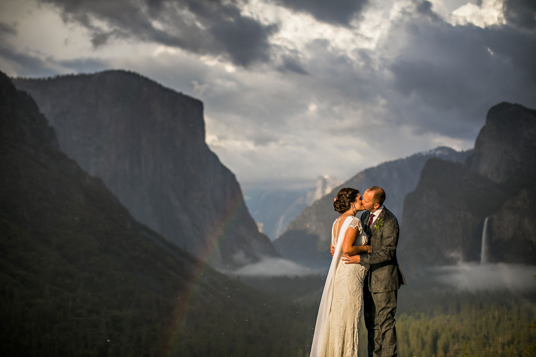 Wedding couple photography with rainbow at Tunnel View