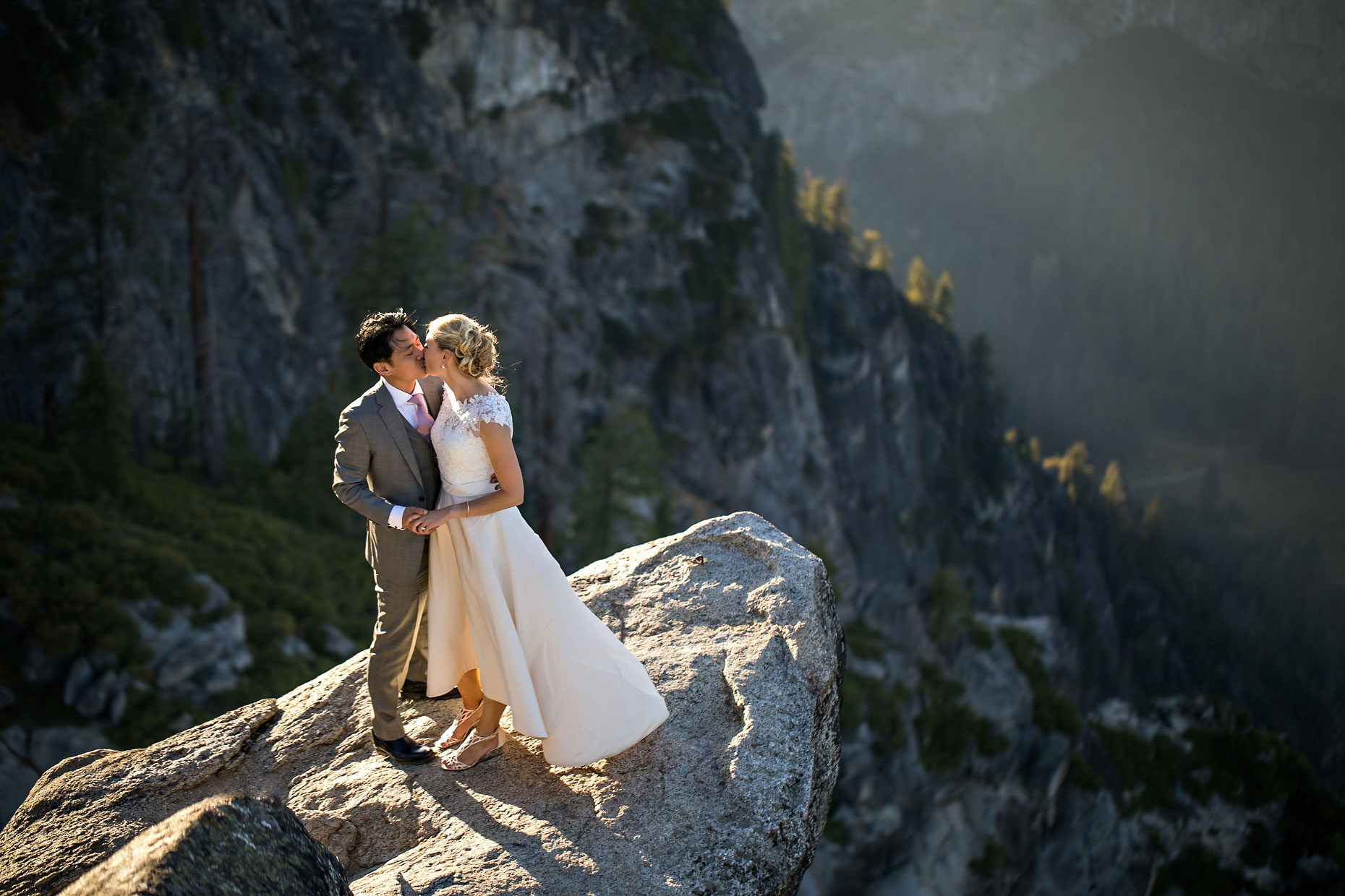 Glacier Point sunrise elopement photographer in Yosemite.