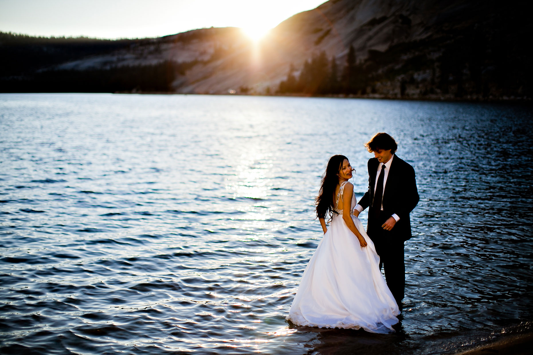 Bride & Groom in Tenaya Lake - Tuolumne, Yosemite.
