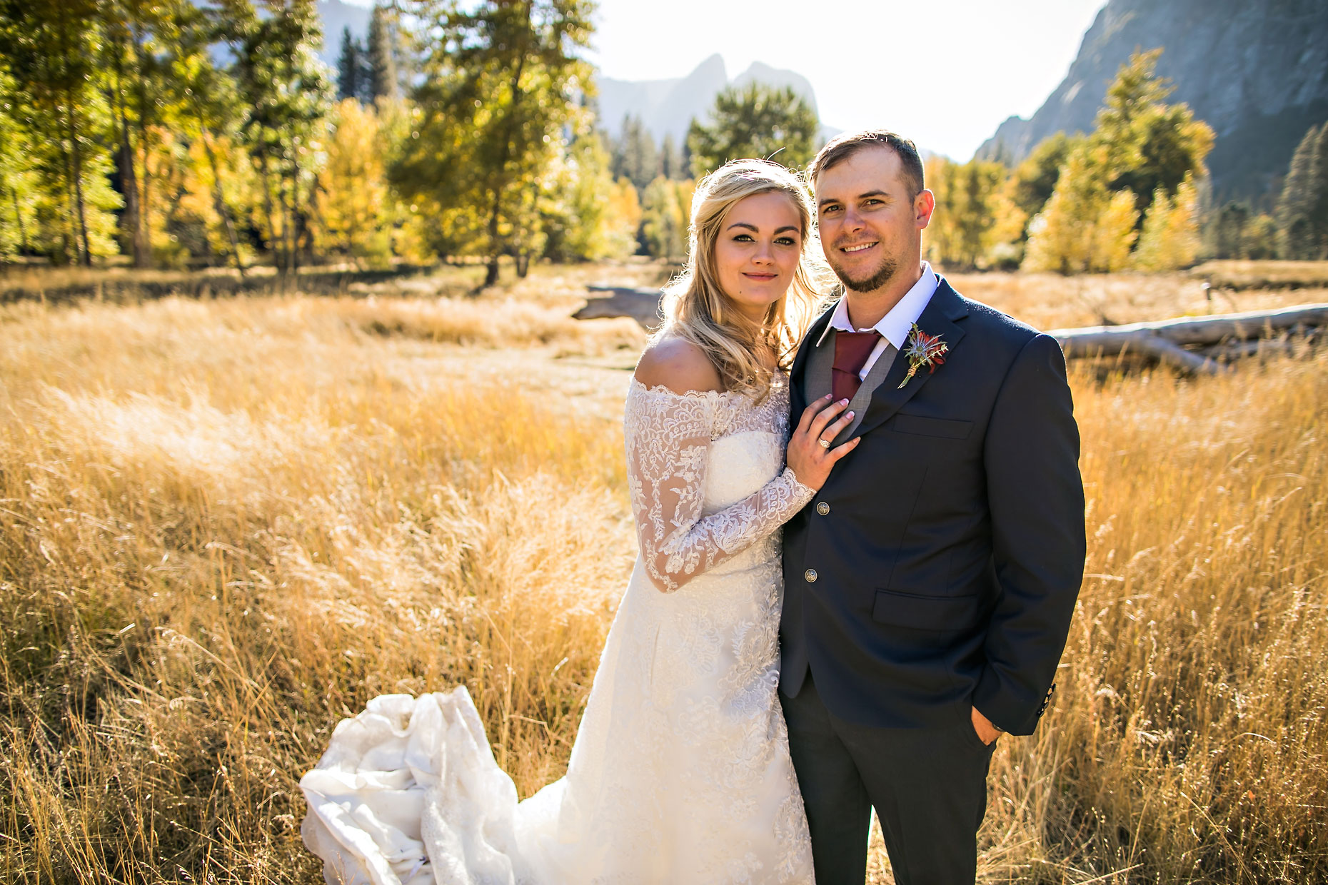 Yosemite autumn wedding photography.