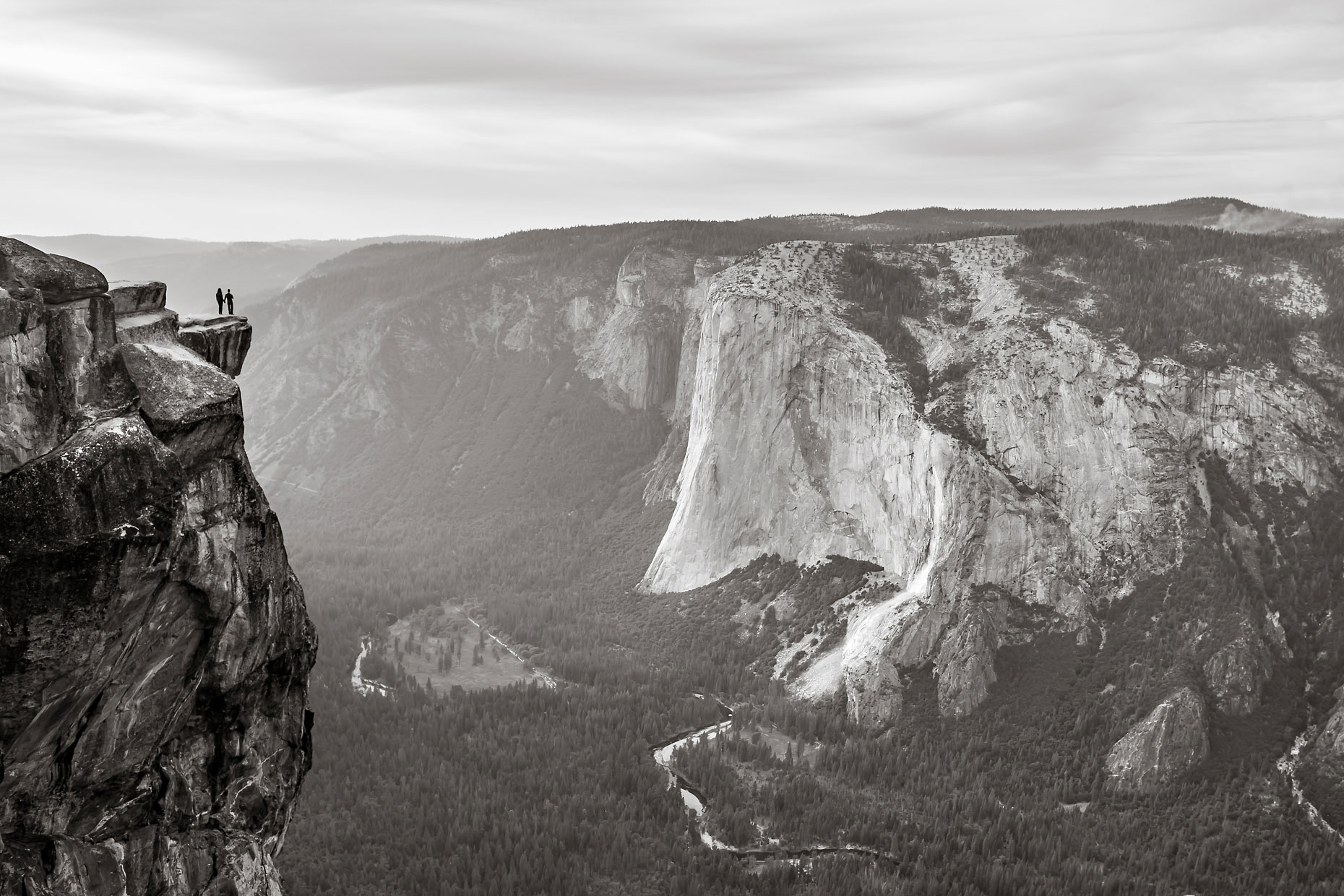 Taft Point adventure photography session in Yosemite.