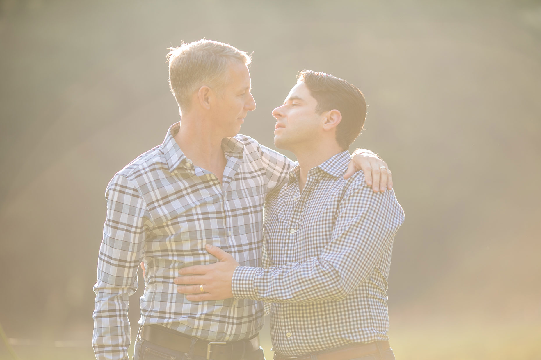 Yosemite gay couple photography session.