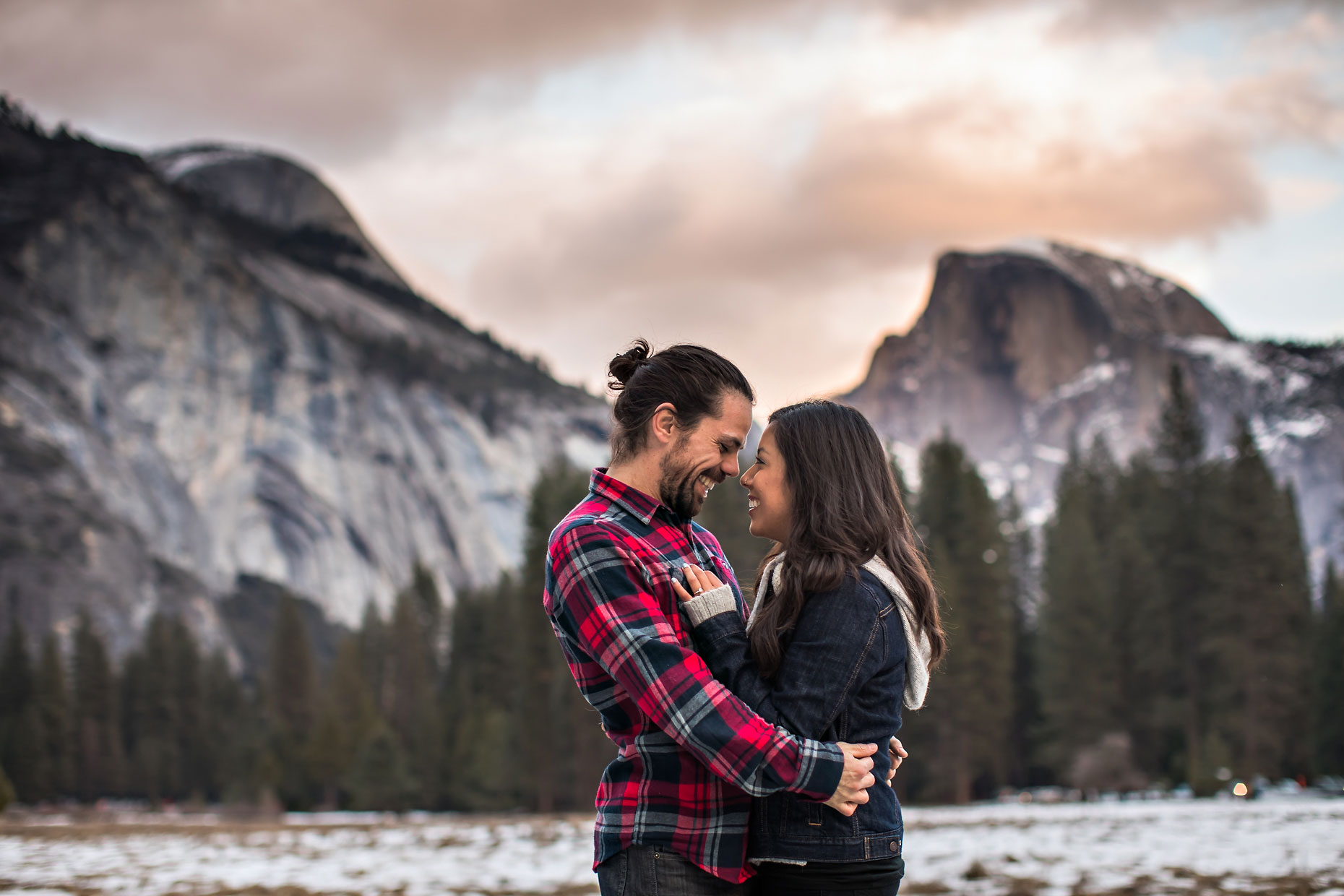 Yosemite adventure session couple photography.