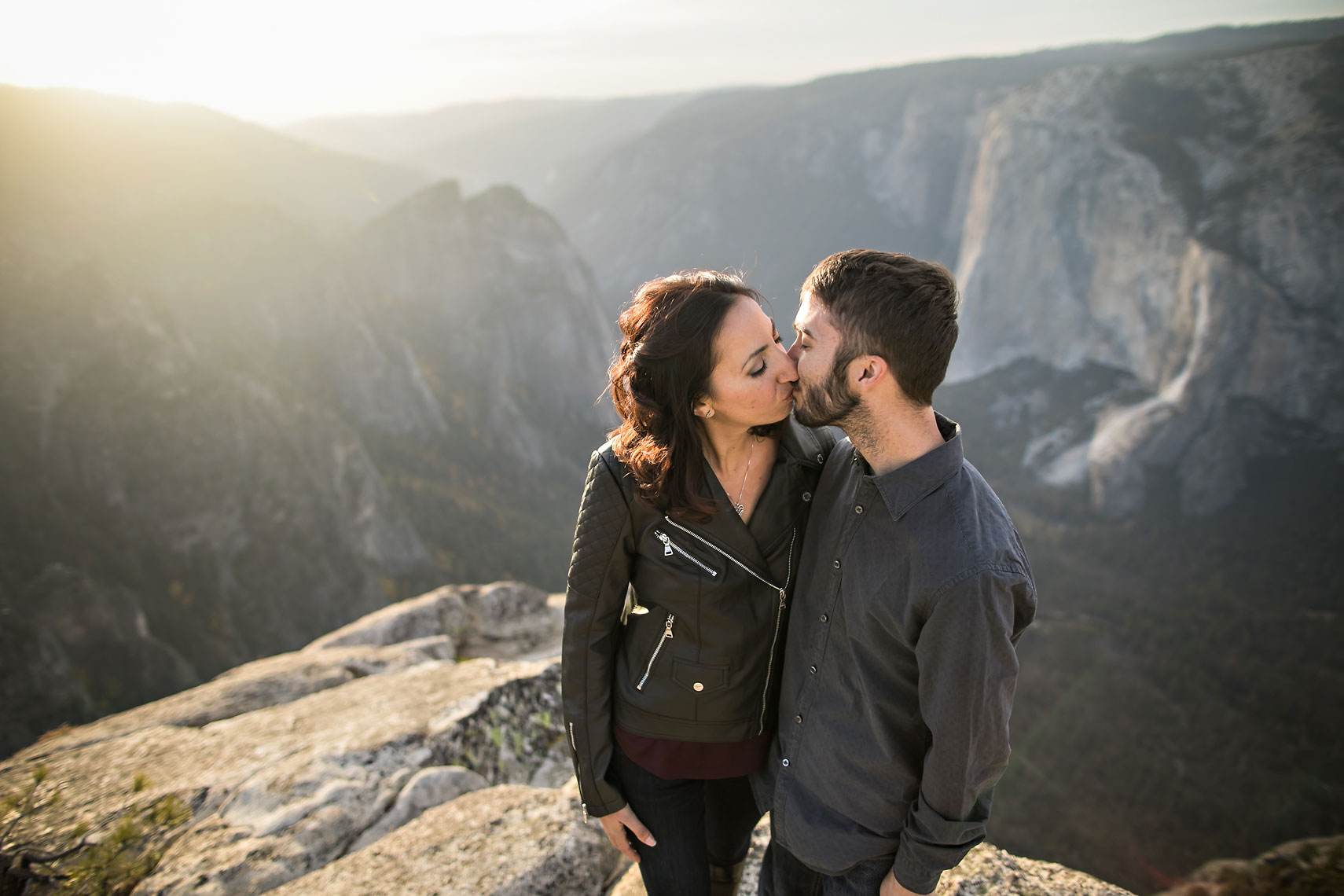 Yosemite_elopement_photographer_adventure_photography-couples-12
